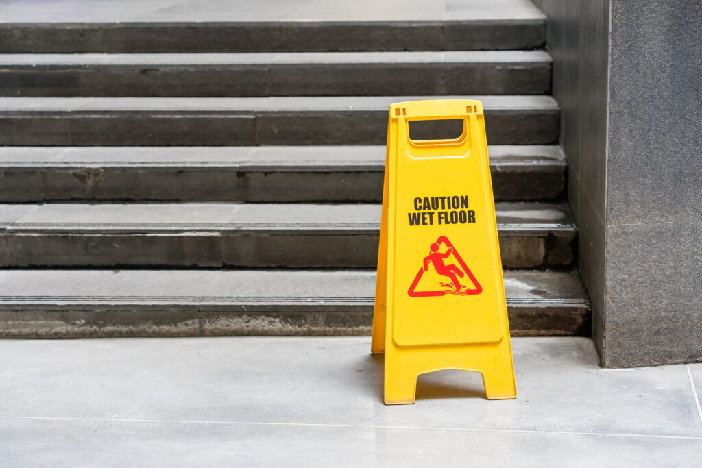 ניקיון חדר מדרגות
